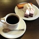 レガロ ロースターズ コーヒー - コーヒー&ケーキセット