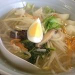 竜軒 - 料理写真:具沢山のタンメン
