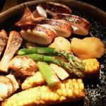 17359976 - 130209東京 かこいや池袋東口店 野菜の炭火焼