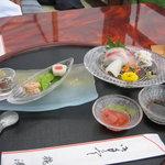 1736203 - 川床料理(2)