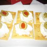 銀座バー GINZA300BAR 銀座8丁目店 - 豆腐・クリームチーズのカナッペ