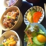 17361439 - 23種類の中からお気に入りのミニ丼が3つ選べる!