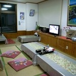 仲泊海産物料理店 - お座敷。