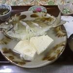 仲泊海産物料理店 - エーグァーのマース煮。