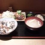 17366333 - ハンバーグセット、ひじきご飯をチョイス。
