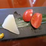 き八 - 総菜二種盛り:塩トマト、聖護院大根の煮物