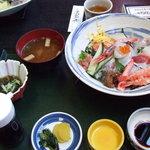 かろばんや - ばんや丼(海鮮丼)