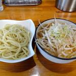ラーメン工房 幸福亭 - やみつけ麺(生姜ニンニク醤油)  650円