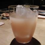 魁 - ドリンク写真:白桃ジュース。長野県川中島産。