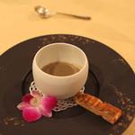 トゥ・ラ・ジョア - 里芋と蕗の薹のスープ (2013/02)