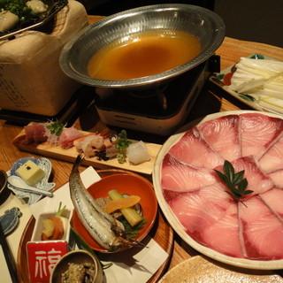 人気は【旬のおまかせ料理 ¥6300】