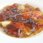 ベージュ アラン・デュカス 東京 - アントレ:コンソメジュレ 野菜とジロール茸(お連れ様オーダー)