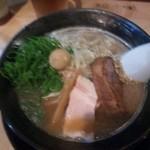 兆 - 2013.02.18  醤油ラーメン680円!