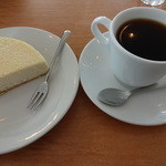 森のレストラン ころむす - 料理写真:ケーキセット¥600