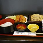 そば処とんねるや - 料理写真:蕎麦定食(唐揚げ)~☆