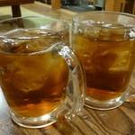 とう七 - ウーロン茶(250円)