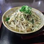umichikashokudou - もやしとニラ炒めすば600円