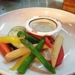 17397035 - 季節の蒸し野菜のバーニャカウダー 600円