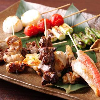 『串焼き』と『創作料理』が自慢の当店は日本酒・焼酎・梅酒を豊富に取り揃えております。