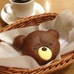 志津屋 - 森のクマさん(チョコレートクリーム入り)