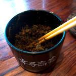 博多一双 - ついつい辛子髙菜・・・投入したくなるスープでした。