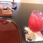 料亭 冨茂登 - 自家製紫蘇ジュース 甘さ控えめです