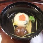 料亭 冨茂登 - 穴子真丈 出汁はわりとおいしいです。
