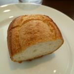 ガーディアン - ランチのパン♪