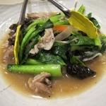 ひびき黒豚劇場 - 黒豚と小江戸野菜の炒め物