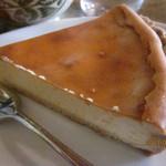17423235 - チーズケーキ、アップ!