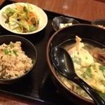 17423405 - 炊き込みご飯&ソーキソバセット750円