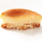 洋菓子店 ラスピラション - ちょこっとチーズ の断面。'12 4月下旬