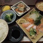 17426327 - トロ鮭造り定食