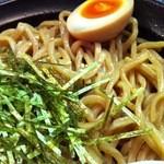 甚太郎 - 麺アップ