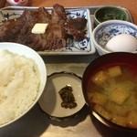炉ばた焼き 酒肆 大関 - マグロステーキ