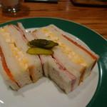 レストラン&BAR SANTANA - サンドイッチ900円