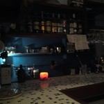 十三くま - タイル張りの可愛いカウンターです(*^^*)