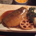 ちょっぷく - サバの味噌煮、ハスと葱の揚げ物