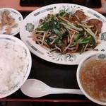 17441853 - ニラレバ定食 650円 (2013/2)