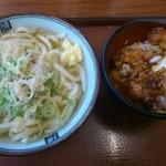 17444867 - かけうどん並+鶏玉丼(490円)