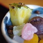 鉢の木 - 鳳梨(ぱいんあぷる)