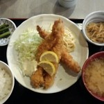 蔵蔵 - 大海老フライ定食