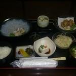 しんのすけ - フグ刺膳 1800円