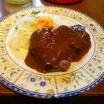 温しゃぶ居酒屋 かぐら - ステーキ、ファミレスの牛肉より柔らかいかも。