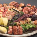 風雲 - 鳥取大山鶏と旬な野菜を紀州備長炭で1本1本丁寧に焼き上げております。