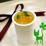フォーリーフハウス - 【マンゴープリン】なめらかに煮詰めて出来たマンゴープリンに、とろとろのレモン風味ゼリーをトッピング♪