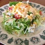 ラキュイエール - 2013年2月22日のランチの前菜「ミモザサラダ」