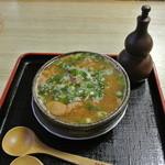 さぬきうどん若竹 - 醤油ベースのモツ煮 ¥600