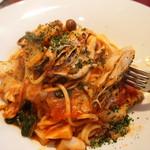 舵 - 坂越牡蠣のトマトソース
