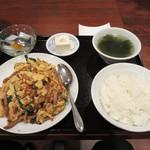 旭家 - ふわふわ玉子とチャーシュー炒定食